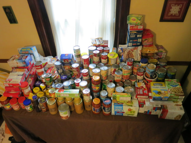 Nutmeg Designs Food Drive for Manna on Main Street