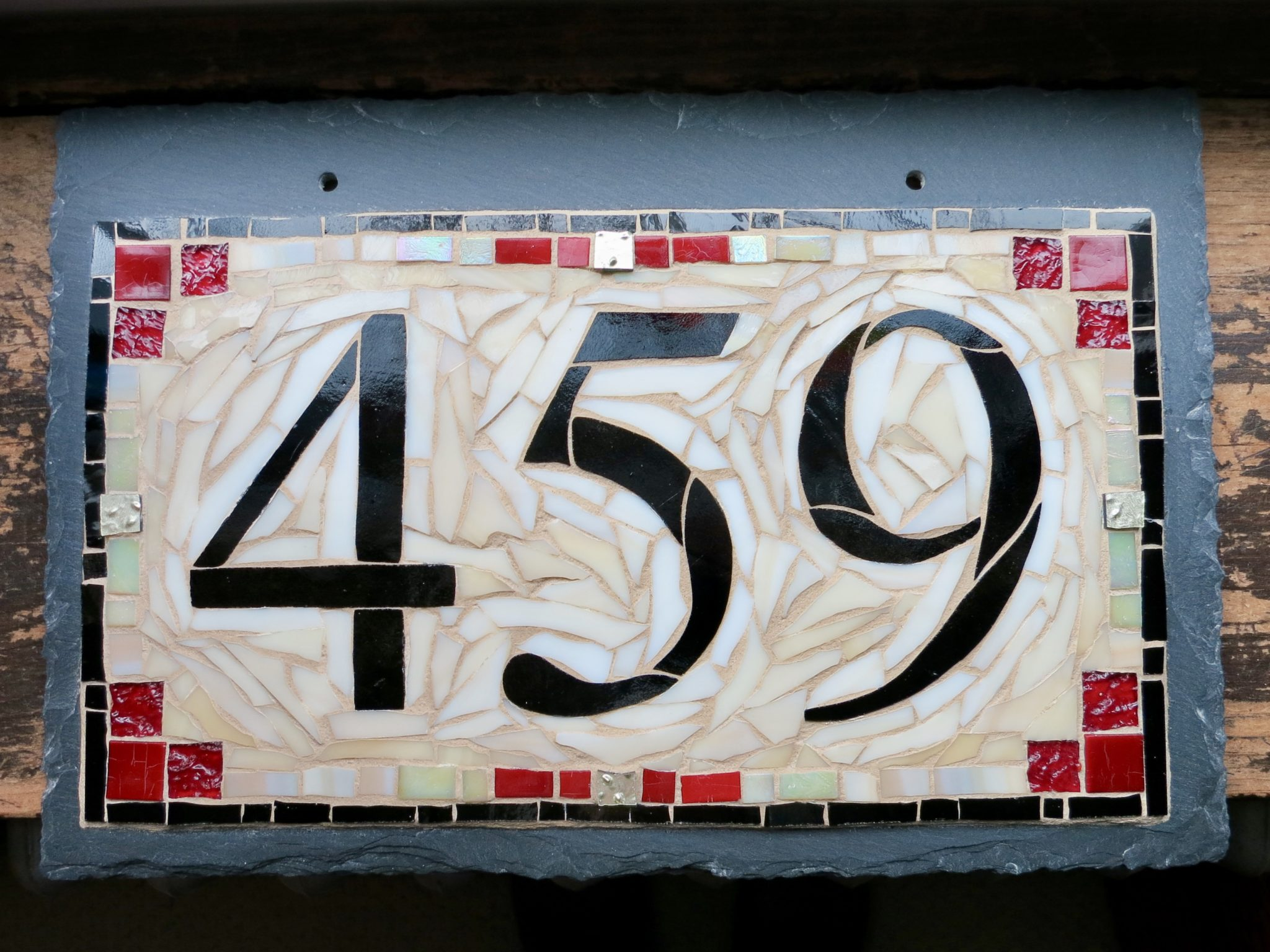 Cranberry Cream 3 Digit House Number by Nutmeg Designs